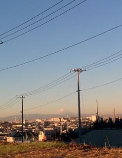 八木周辺ぐるり10.7km 怪獣と変電所に富士の絶景も
