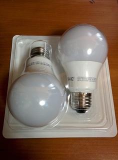 驚異的コストパフォーマンス 大掃除で照明の電球をIKEAのLED電球に取り替え